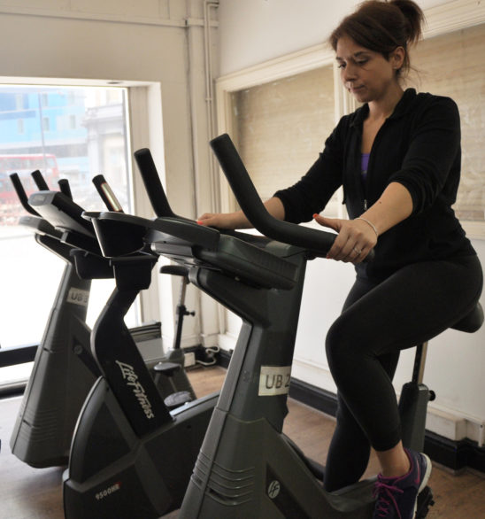 187 middle age woman cardio