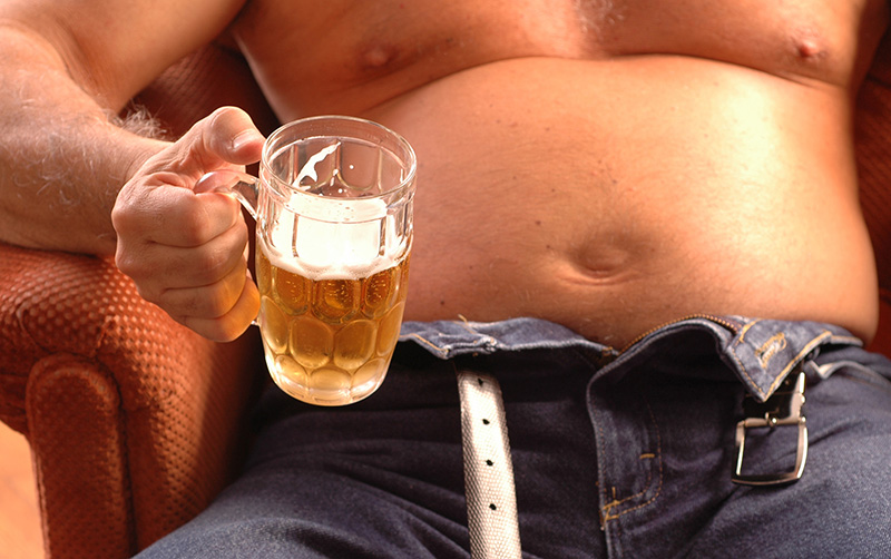 How to Lose Belly Fat From Drinking Alcohol